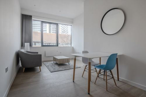 1 Bedroom apartment to rent in London VIL-SA-0029