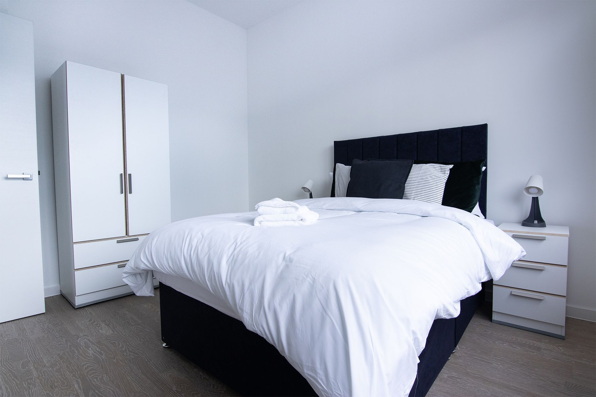 1 Bedroom apartment to rent in London VIL-ST-0004