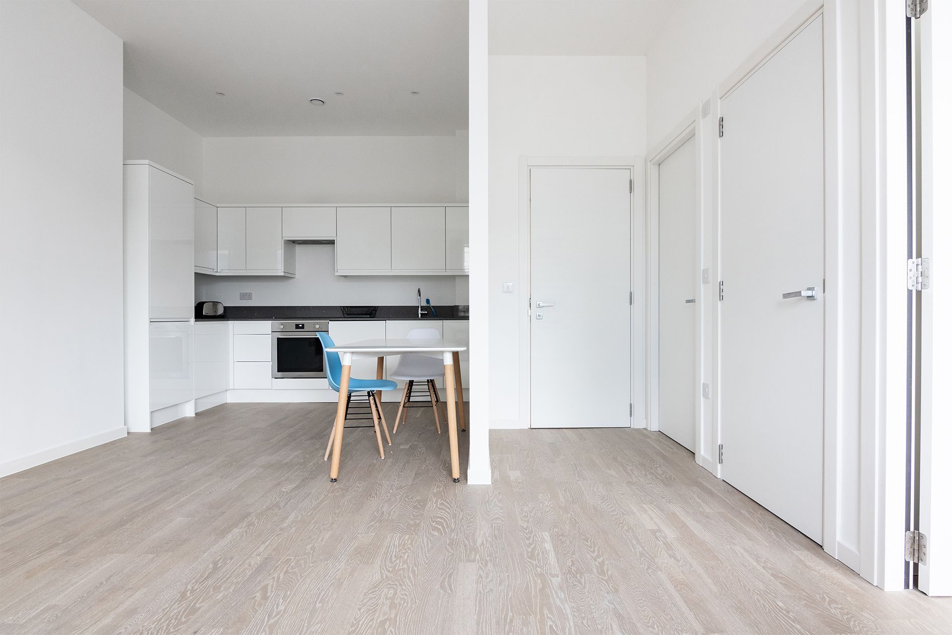 1 Bedroom apartment to rent in London VIL-SA-0006