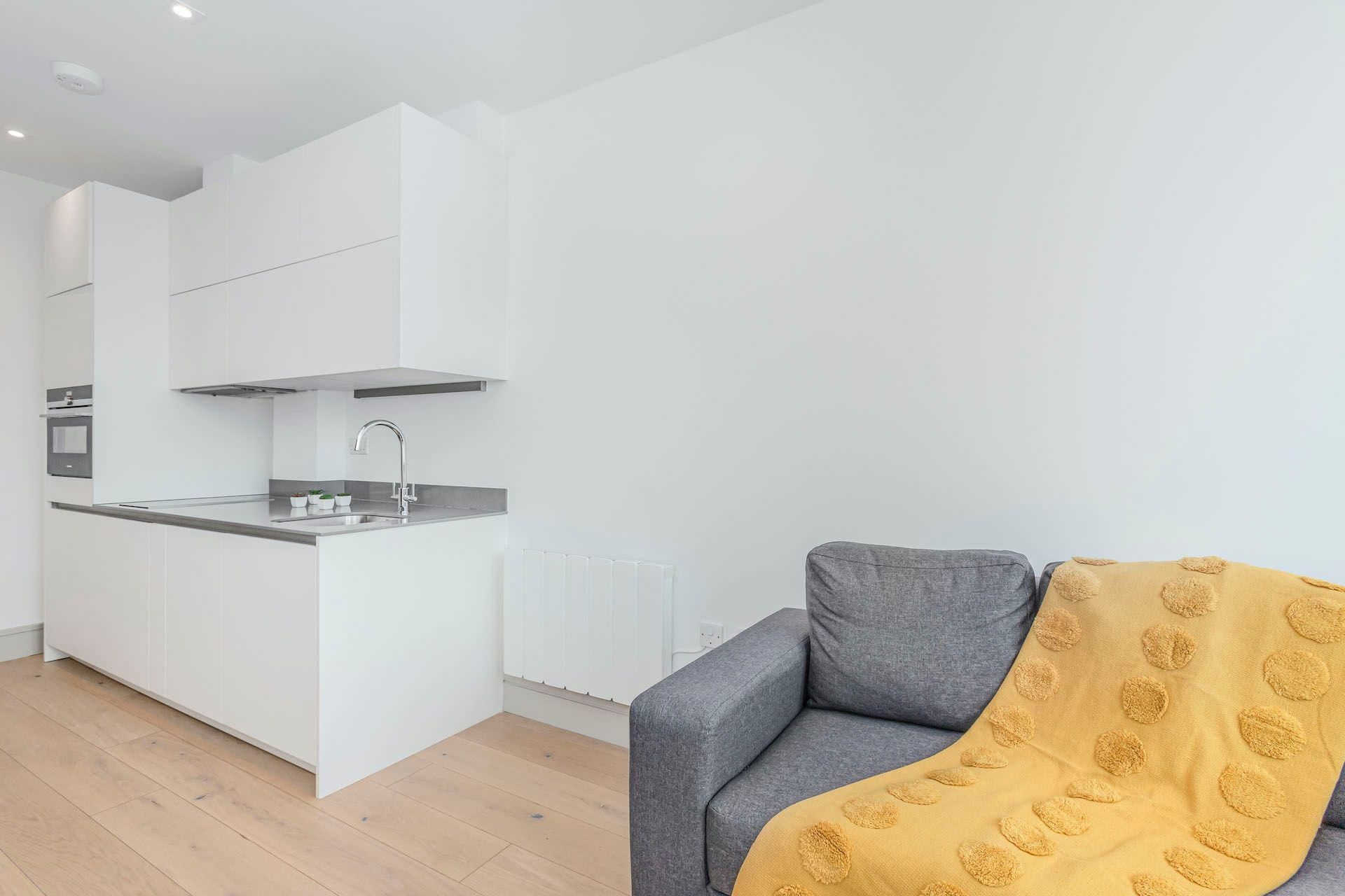 1 Bedroom apartment to rent in London BRO-BH-0021