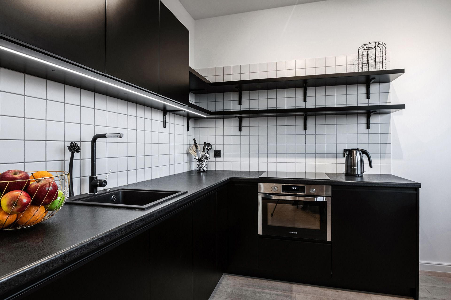 Studio - Large apartment to rent in Warsaw UPR-A-057-2