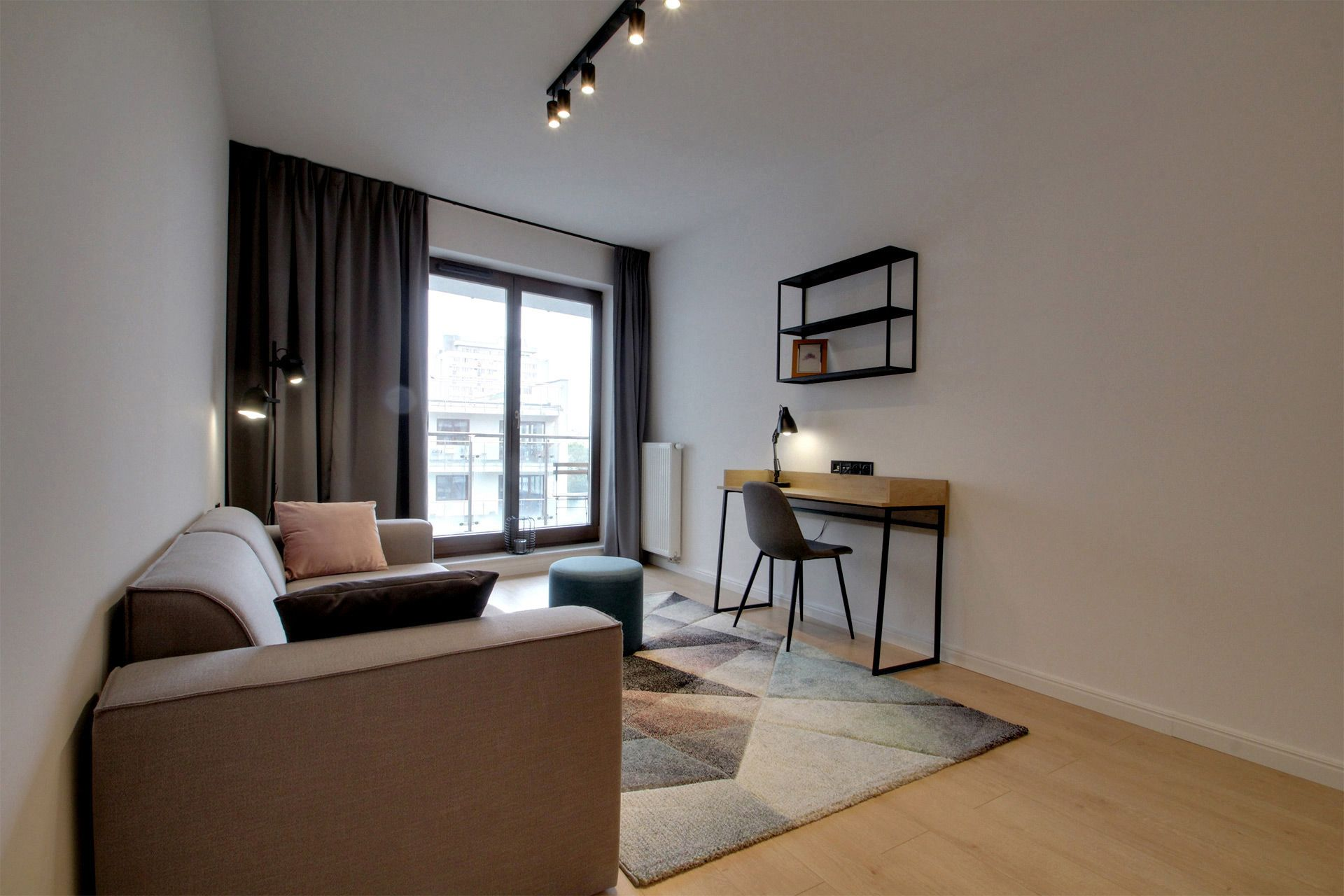 1 Bedroom - Large apartment to rent in Warsaw UPR-A-017-1