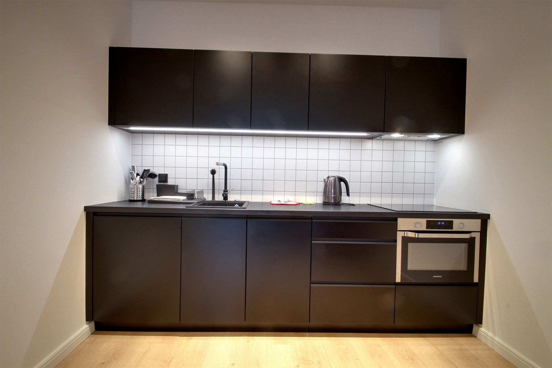 2 Bedroom - Large apartment to rent in Warsaw UPR-A-065-2