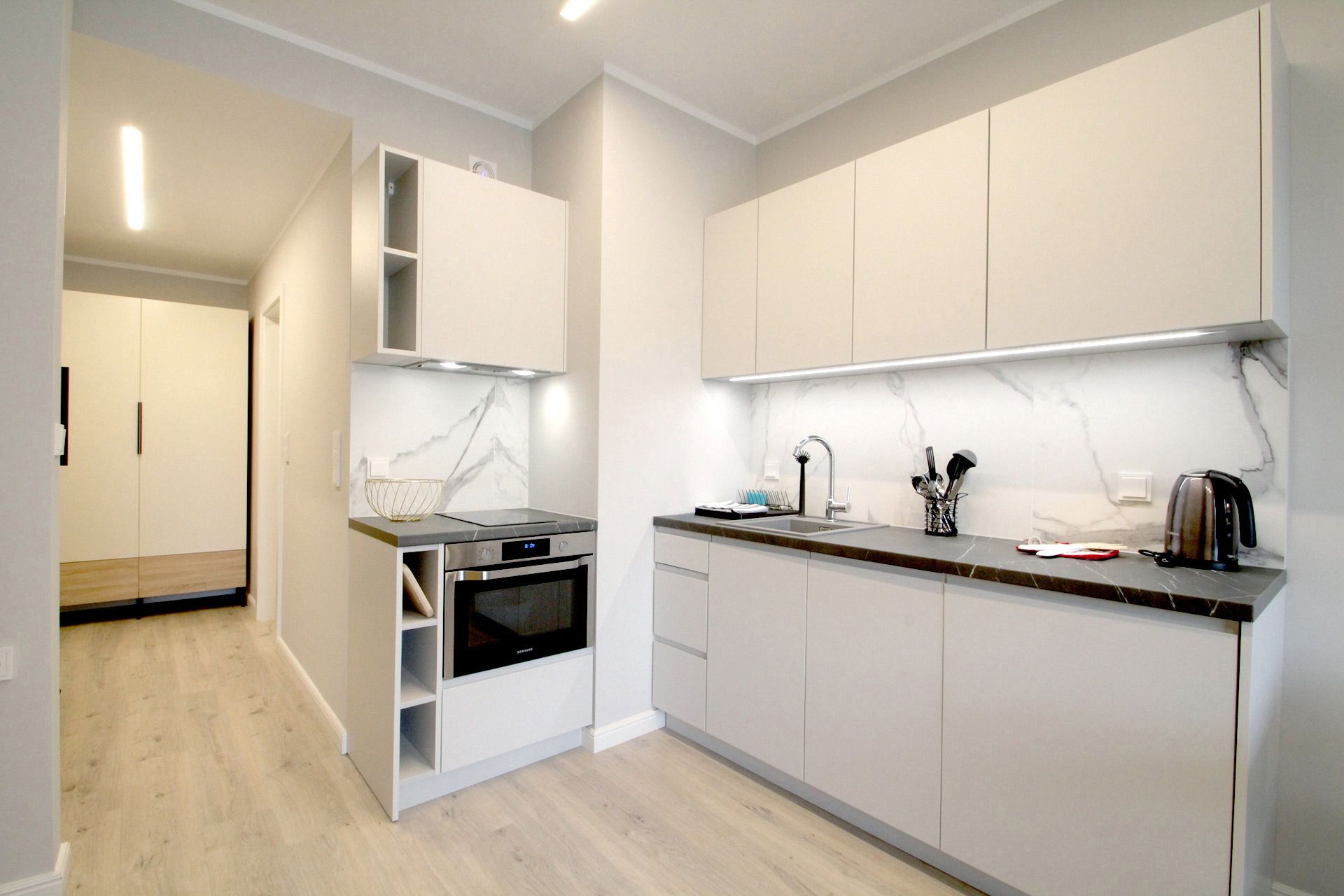 Studio - Medium apartment to rent in Warsaw UPR-A-051-1
