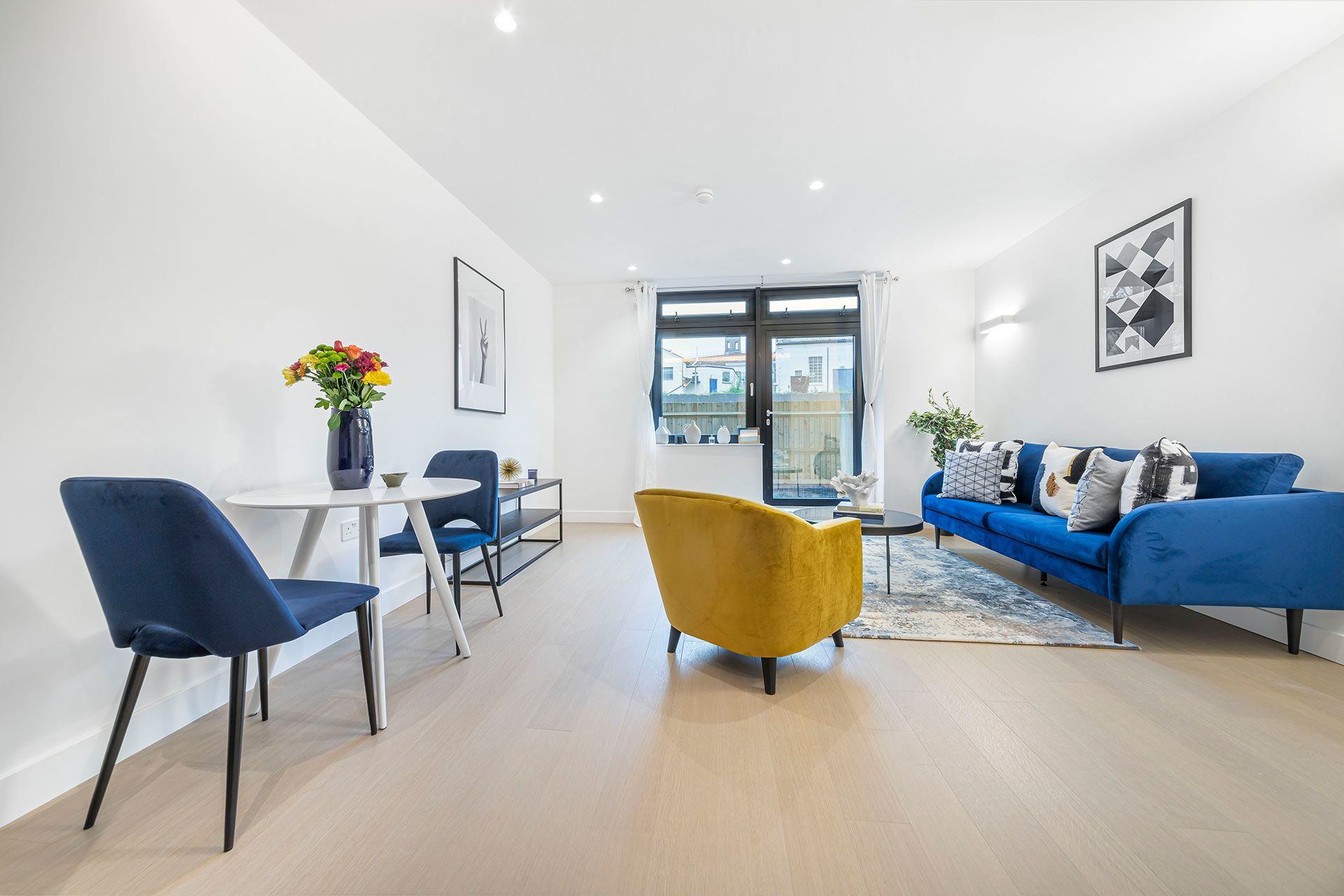 2 Bedroom apartment to rent in London SKI-FH-0062