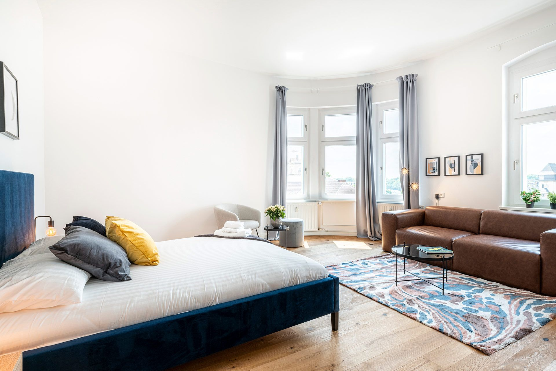Private Room - Large apartment to rent in Berlin STRA-STRA-1114-1