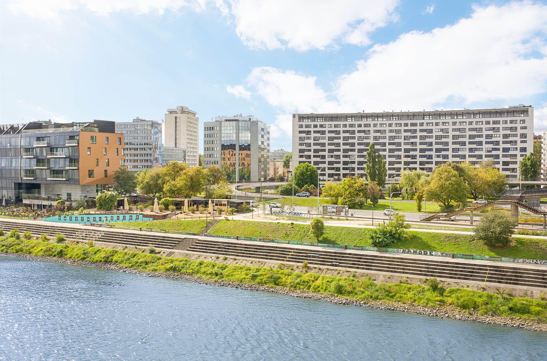 Warsaw flats to rent Vonder UpRiver 1