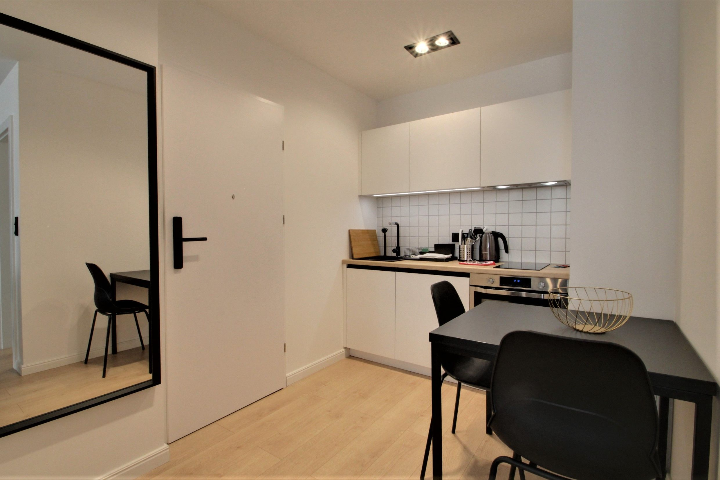 Studio - Small apartment to rent in Warsaw UPR-A-043-1