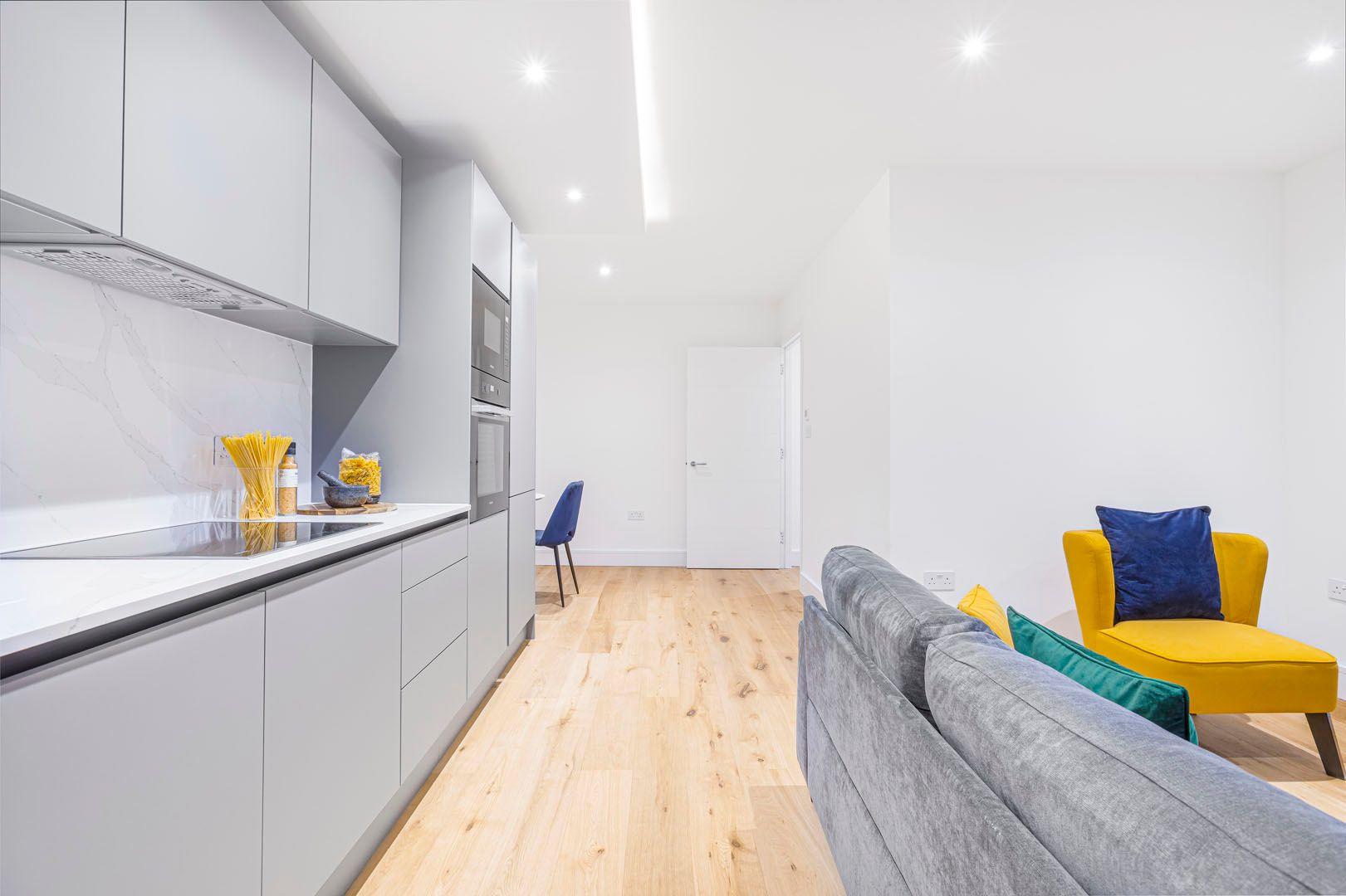 1 Bedroom apartment to rent in London SK3-VH-0071
