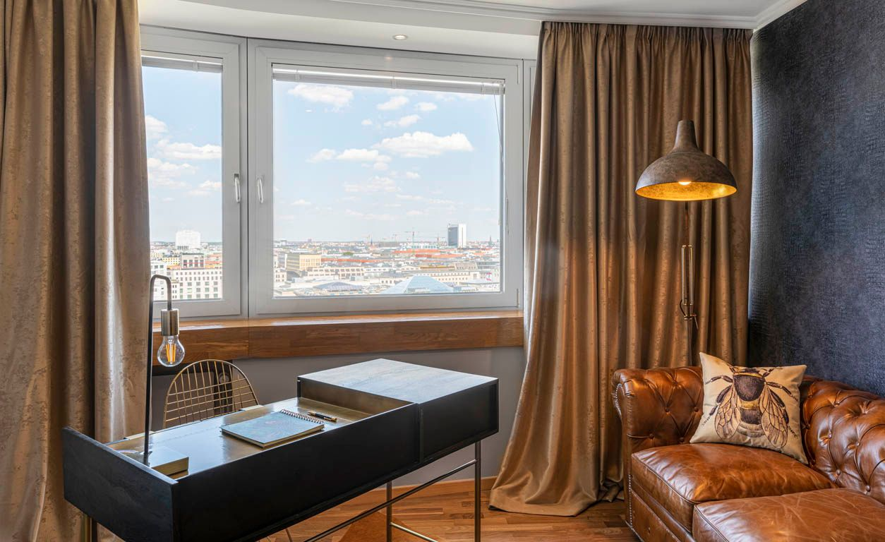 2 Bedroom - Large apartment to rent in Berlin STRE-ST99-0014-0