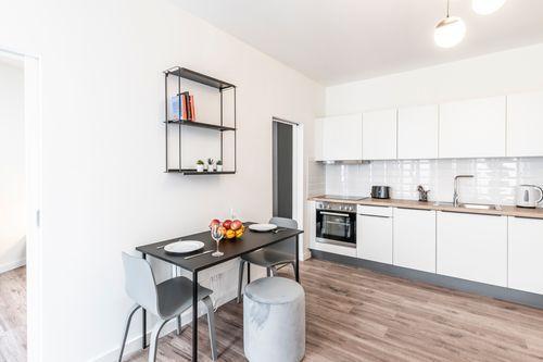 1 Bedroom - Medium apartment to rent in Berlin KURF-KURF-2223-0