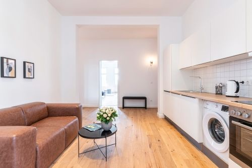 Private Room - Large apartment to rent in Berlin STRA-STRA-1114-2
