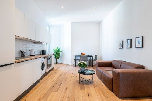 Private Room - Medium apartment to rent in Berlin STRA-STRA-1114-3