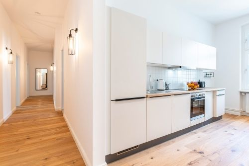 Private Room - Large apartment to rent in Berlin STRA-MARK-1113-2
