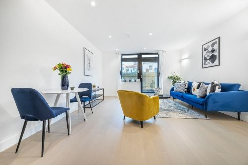 1 Bedroom apartment to rent in London SKI-VH-0015