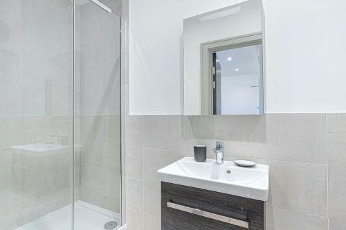 Studio apartment to rent in London ZEN-ZH-0036