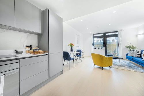 2 Bedroom apartment to rent in London SKI-VH-0037
