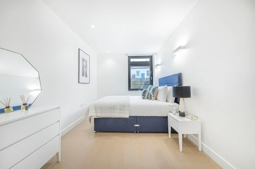 2 Bedroom apartment to rent in London SKI-FH-0021