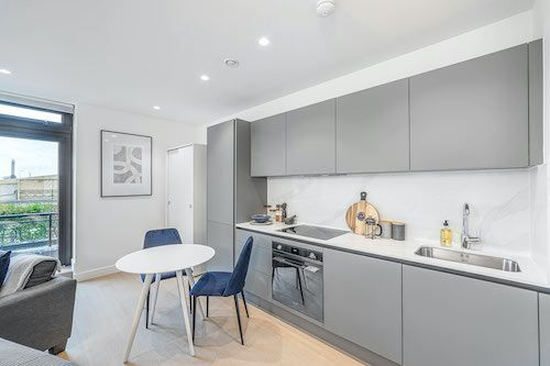 Studio apartment to rent in London SKI-FH-0030