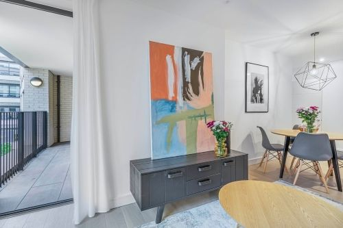 2 Bedroom apartment to rent in London SHO-RO-0006