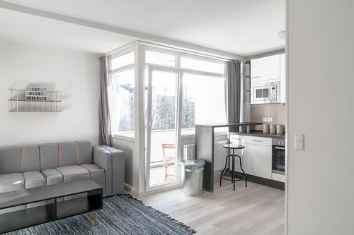 Private Room - Large apartment to rent in Berlin BILE-LE95-5105-1