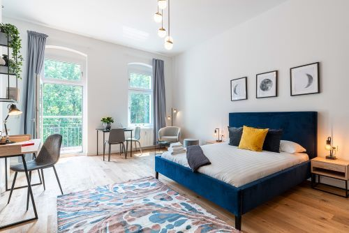 Studio apartment to rent in Berlin STRA-MARK-2222-0