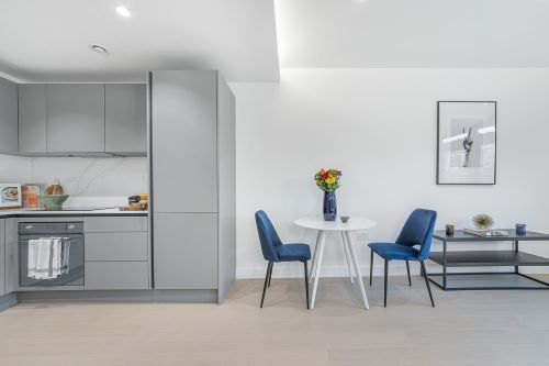 2 Bedroom apartment to rent in London SKI-FH-0051