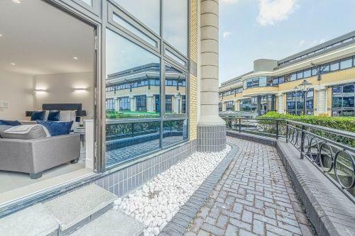 Studio apartment to rent in London SKI-FH-0040