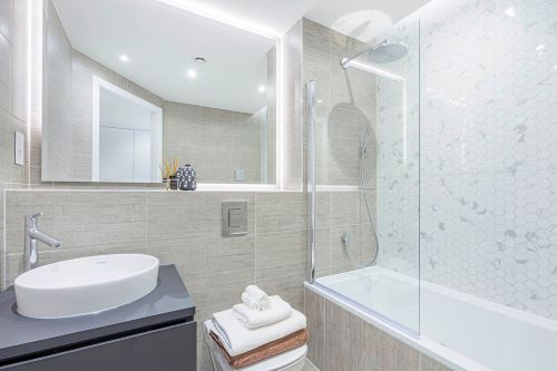 1 Bedroom apartment to rent in London SKI-VH-0035