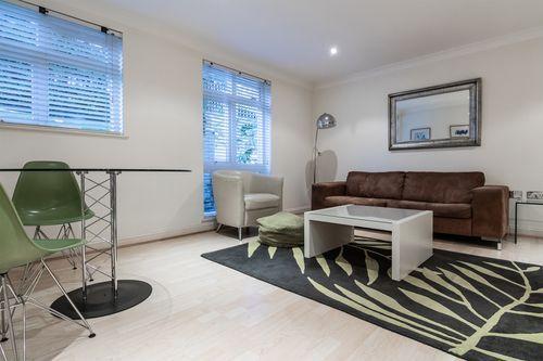 1 Bedroom apartment to rent in London KEW-CG-0004