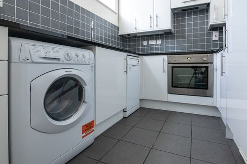 1 Bedroom apartment to rent in London KEW-CH-0006