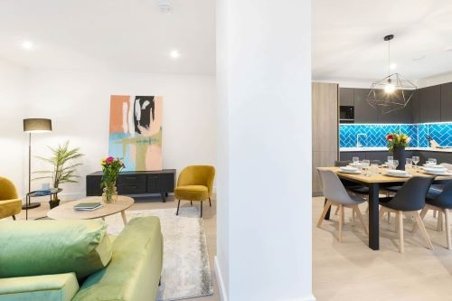 2 Bedroom apartment to rent in London SHO-RO-0032