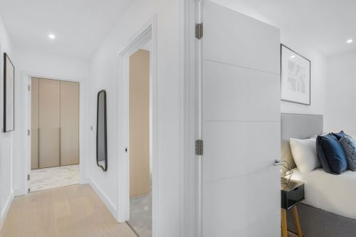 3 Bedroom apartment to rent in London SHO-RO-0003
