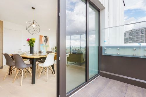 3 Bedroom apartment to rent in London SHO-RO-0020