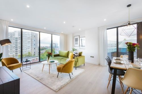 3 Bedroom apartment to rent in London SHO-RO-0021