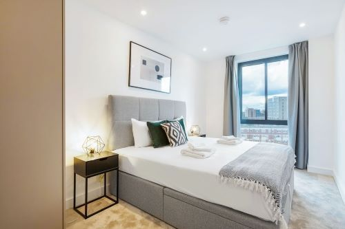 3 Bedroom apartment to rent in London SHO-RO-0092