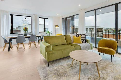 3 Bedroom apartment to rent in London SHO-CA-0040