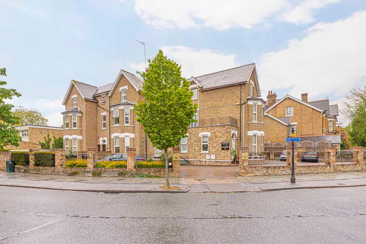 London flats to rent Vonder Kew 1