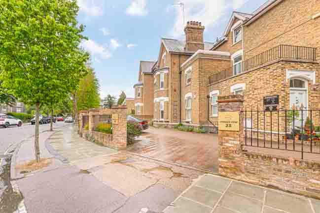 London flats to rent Vonder Kew 3